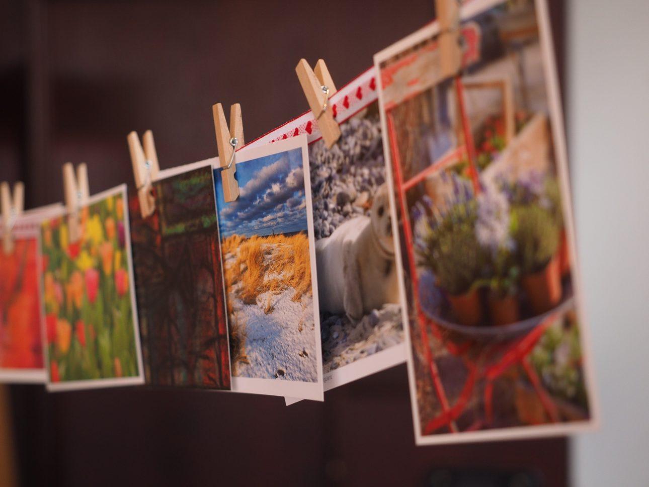 postcards-1174179_1920