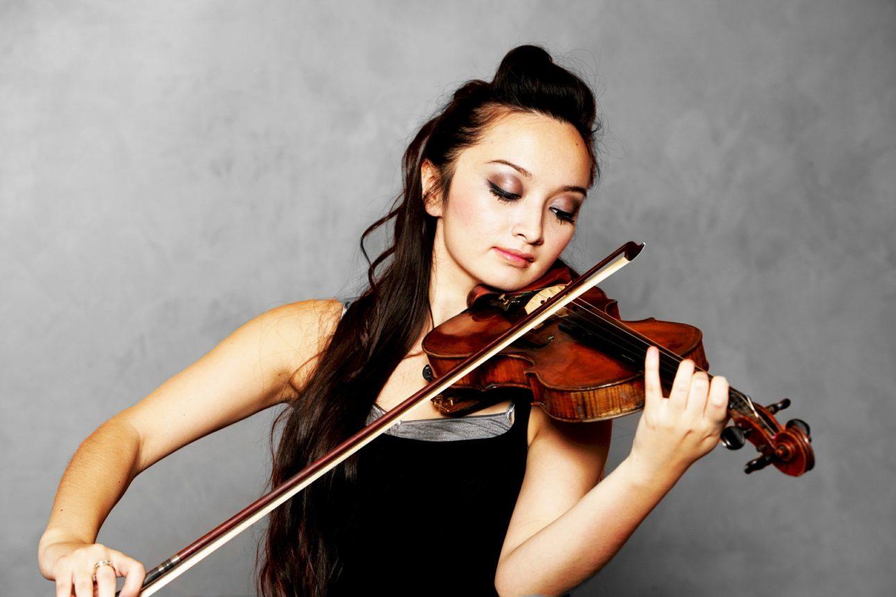 solo-violinist-619154_1920